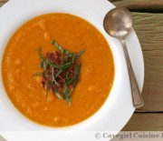 Creamy Roasted Tomato and Carrot Soup (paleo/dairy-free)