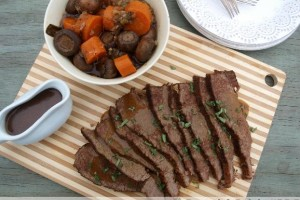 Slow Cooker Brisket with Gravy, Mushrooms and Carrots
